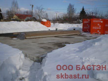 фундамент дома зимой