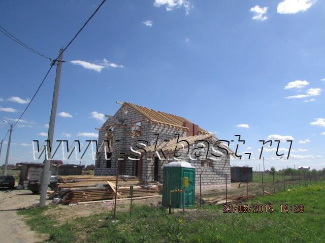 stroitelstvo-doma-po-proektu-k-185-1k-montaj-krovli
