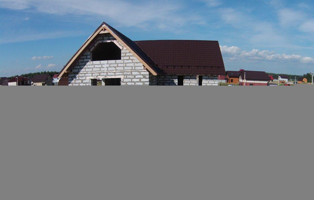 zaversheno-stroitelstvo-korobki-doma-v-prilesnom-1024×652