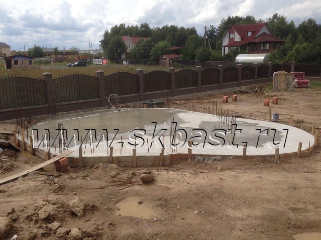montag-fundamenta-pod-besedku-barbekyu-v-korkino-1024×767