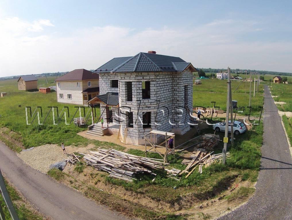 Строительство газобетонного дома в Изумрудном городе