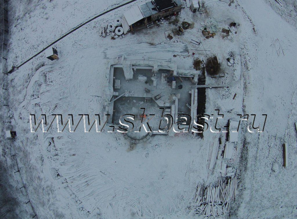 stroitelstvo-zimoi-doma-iz-gazobetona-v-lenoblasti-basten-1024×756