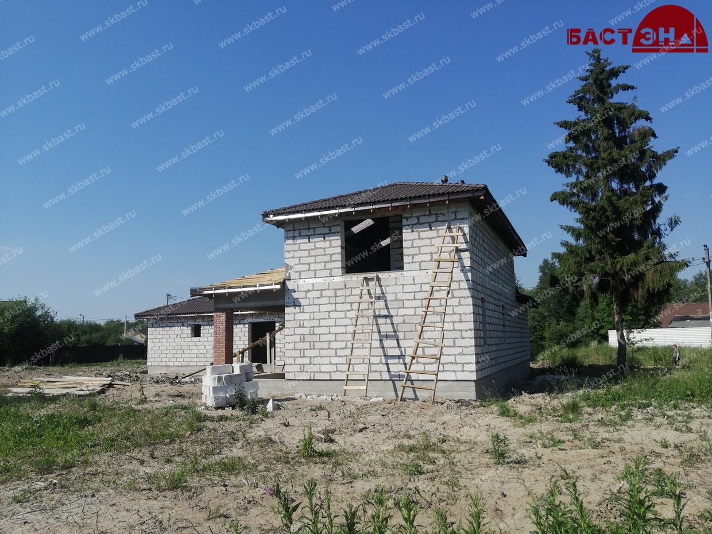zagorodniy-dom-po-individualnomu-proektu-v-sverdlova3