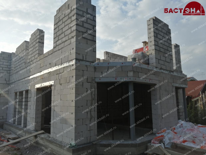 dom-iz-gazobetona-v-malom-peterburge-romanovka15